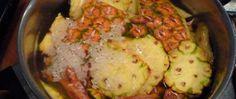 A água da casca de abacaxi com chá verde vai fazer você perder barriga e até 4 kg em apenas 1 semana! - http://comosefaz.eu/a-agua-da-casca-de-abacaxi-com-cha-verde-vai-fazer-voce-perder-barriga-e-ate-4-kg-em-apenas-1-semana/