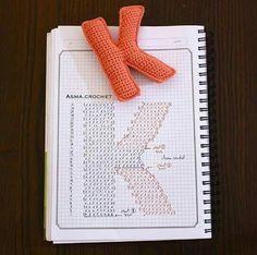 Crochet charts for alphabet letters 😍 Crochet Alphabet Letters, Crochet Letters Pattern, Letter Patterns, Crochet Patterns, Applique Patterns, Crochet Diy, Crochet Amigurumi, Crochet Home, Amigurumi Patterns