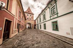#ceskarepublika #cestovani #cesko #praha #mesto #architektura #ulice #vylet #turistika #poznavani #dovolena #zajezd #domy #praha World Images, World Heritage Sites, App, Feelings, Hampers, Apps
