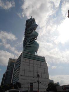 The 'Screw' up close. Panama City, Panama