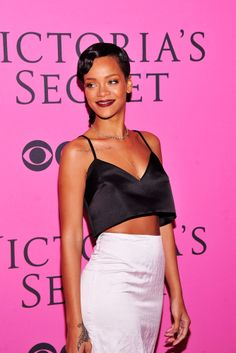 C is for Crop Tops - Rihanna #sstrendguide