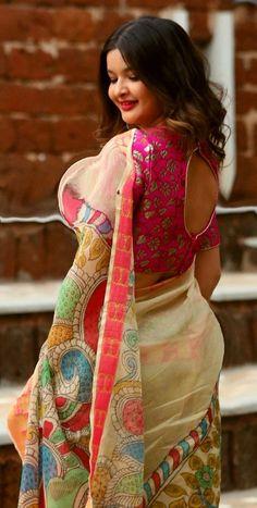 Telugu Cinema Actress Karunya Chowdary Photos - Karunya Chowdary Glam Stills South Indian Actress Hot, Most Beautiful Indian Actress, Beautiful Girl Indian, Indian Girl Bikini, Indian Girls, Beauty Full Girl, Beauty Women, Tamil Girls, Indian Beauty Saree