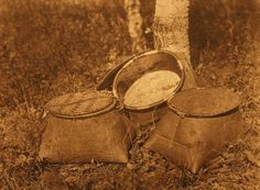Birchbark baskets - Cree (The North American Indian, v. Norwood, MA, The Plimpton Press, :: Featured Sets Native American Pottery, Native American Fashion, Native American Indians, Native Americans, Cree Indians, Birch Bark Crafts, Native Place, Indian Baskets, Indian Artifacts