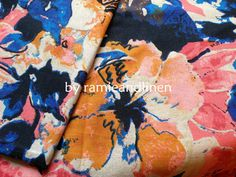 linen cotton blend floral print fabric    this listing is for a Fat Quarter, 18 by 29    about 195g per meter    Please be noted the real color is