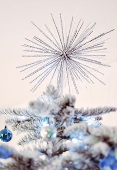 starburst diy - decor - tree topper by ...love Maegan, via Flickr