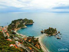 Isola Bella este într-adevăr o insulă frumoasă. Poza facuta de la belvederea superbă aflată pe Via Luigi Pirandello