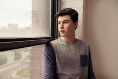 IMAGINE Shawn's looking at the window waiting for you to come and see him🙄