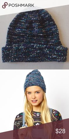 Asos blue metallic beanie perfect for the transition into fall/winter.❌no trades ✅offers welcome! ASOS Accessories Hats