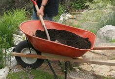 How to Use Compost | Composting 101   What compost does for your garden. A list of all of the huge benefits that come from using it.