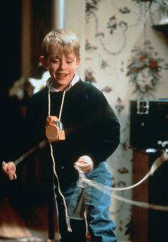 Macaulay Culkin is home alone in 90's
