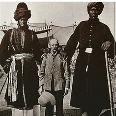 the Moors ruled Spain in like 1100 AD ... they controlled the eastern part of  #mesoamerica  many of them are at the 3rd level of consciousness hence they were tall like giants .... North America from 700ad until like 1400 BC .... they also ruled Europe as well during this time .. the Moors come from Africa country called Morrocoo in which they came from with one mission which was to civilize humanity ..  #astrology    #Crystals   #Gemstones   #Universe   #Omniverse   #kemet   #Africa…