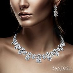 This mesmerizing necklace will make you a showstopper wherever you go! Premium…