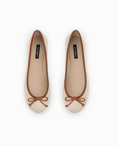 Cream flats with camel bows!