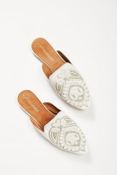 Shop our Long Beach Flat at Free People.com. Share style pics with FP Me, and read & post reviews. Free shipping worldwide - see site for details.