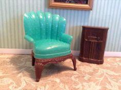 Renwal TURQUOISE LADIES CHAIR + RADIO vintage dollhouse furniture - Ideal Marx