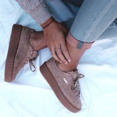 Adidas Women Shoes - Les sneakers Creeper Puma by Rihanna - We reveal the news in sneakers for spring summer 2017 Cute Shoes, Me Too Shoes, Fenty Creepers, Rihanna Creepers, Rihanna Sneakers, Puma Suede Rihanna, Basket Sneakers, Adidas Women, Boots