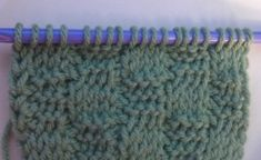 tunisian crochet basketweave pattern - combining tunisian knit stitch (TKS) & tunisian simple stitch (TPS)