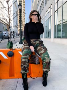 Best Winter Fashion Outfits Part 7 Winter Fashion Outfits, Holiday Fashion, Stylish Outfits, Camo Fashion, Fashion Fashion, Fairytale Dress, Trendy Girl, Camo Pants, Casual Chic
