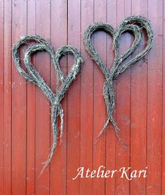 Atelier Kari naturdekorasjoner og kranser: Kvisthjerter mange vil ha. Heart Decorations, Christmas Decorations, Valentine Wreath, Valentines, Bra Hacks, Bridesmaid Accessories, Rustic Crafts, Natural Christmas, Some Ideas