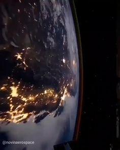 Wallpaper Earth, Planets Wallpaper, Wallpaper Space, Galaxy Wallpaper, Earth And Space, Space Planets, Space And Astronomy, Nasa Planets, Astronomy Stars