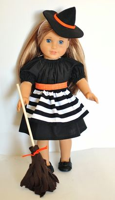 Simple Simon and Company: Handmade Halloween: Because dolls need costumes too, right?