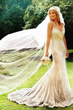Sheath Wedding Dress : Picture Description Kate Moss in her stunningly detailed wedding gown. Kate Moss Wedding Dress, Boho Wedding, Wedding Day, Elvish Wedding, Boho Bride, Wedding Bride, Wedding Blog, Flapper Wedding, 1930s Wedding