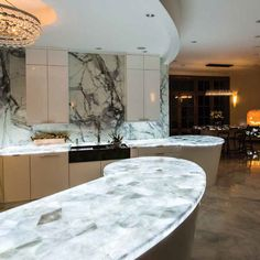 Manufactured Quartz Is Now The Leading Countertop Material It S Durable Stylish And Most Importantly Affordable Find Your Favorite Engineered Stone