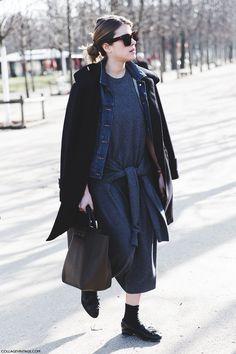 Paris_Fashion_Week-Fall_Winter_2015-Street_Style-PFW-Grey_Dress-Loaffers-Maxi_Coat-Denim_Jacket-