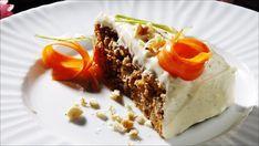 Gulrotkaken egner seg godt til frysing (helst uten glasur). Norwegian Food, Carrot Cake, Let Them Eat Cake, Yummy Cakes, No Bake Cake, Waffles, Carrots, Sweet Tooth, Bakery