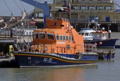 Ramsgate Lifeboat | Flickr - Photo Sharing! Paramedic Quotes, Search And Rescue, Coast Guard, Water Crafts, Ribs, Sailing Ships, Boats, Nautical, Pilot