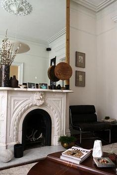 Home Interior Salas Defining Design: Eclectic Interiors Interior Ikea, Home Interior, Interior And Exterior, Interior Decorating, Nordic Interior, Studio Interior, Interior Livingroom, Decorating Ideas, Decoration Inspiration