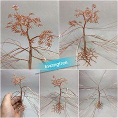 에나멜선으로 나무 만드는 중...^^ 잎을 만드는 게 시간이 엄청 걸리네요. 가지 많이 만든 걸 후회하고 있음... 주말에 완성할 수 있으려나... #철사공예 #와이어아트 #와이어공예 #WireArt #WireCrafts #ワイヤーアート #針金細工 #はりがねさいく #Wiretree