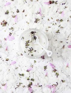 A Bubbly Life: DIY Coconut Lavender Sugar Scrub