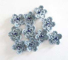 FLOWERS 10 cotton crochet powder blue appliques