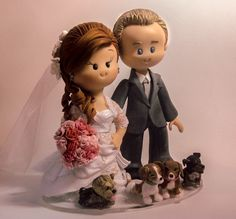 Noivinhos Karol Leitao | Galeria Infantil Funny Wedding Cake Toppers, Wedding Topper, Wedding Cakes, Cute Cartoon Characters, Disney Characters, Wedding Accessories, Wedding Bouquets, Marie, Creations