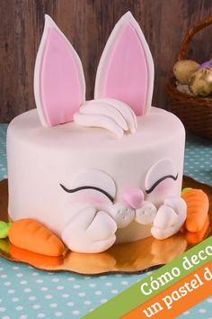 Bunny Birthday Cake, Easter Bunny Cake, Fondant Cakes, Cupcake Cakes, Elegant Cake Design, Rabbit Cake, Animal Cakes, Homemade Donuts, Fun Baking Recipes