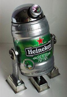 R2-Beer2, the Drunken Astro Droid – Geekstir