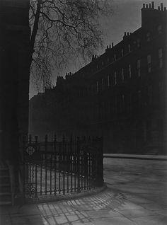 Blackout in London, 1939 © Bill Brandt