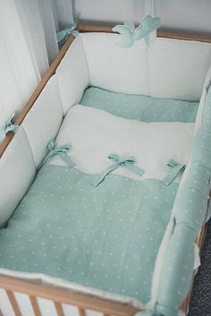 MINT baby linen duvet and pillow covers - baby bedding with bows - natural organic natural ne. MINT baby linen duvet and pillow covers - baby bedding with bows - natural organic natural newborn sheets MINT baby line. Baby Room Design, Baby Room Decor, Crib Bedding, Sheets Bedding, Linen Duvet, Linen Fabric, Newborn Bed, Diy Pillow Covers, Lit Simple