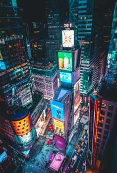 Times Square may be pretty to look at but I would never eat there. Staten Island, City Lights, New York Photography, Night Photography, Aerial Photography, Nyc Christmas, Christmas Shopping, Dublin Airport, New York Night