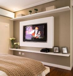Browse home theater design and living room theater decor inspiration. Discover designs, colors and furniture layouts for your own in-home movie theater. House Design, Home Theater Design, House, Home, Small Apartments, Home Bedroom, Bedroom Design, House Interior, Home Deco
