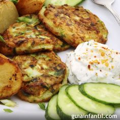 Another version of potatoes and Kusa (zucchini) with a mint/yogurt sauce Healthy Recepies, Heart Healthy Recipes, Healthy Meals For Kids, Veg Recipes, Baby Food Recipes, Kids Meals, Vegetarian Recipes, Cooking Recipes, Cooking Kids