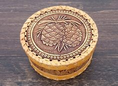 Check out this item in my Etsy shop https://www.etsy.com/ru/listing/469410108/wooden-box-wicker-ring-box-jewelry-box