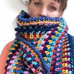 Echt wat een fantastische sjaal..het idee komt van de winkel Laresa wol uit Anna Paulowna.