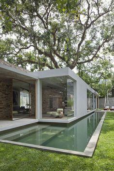 Casa no Intanhangá, RJ, de Rodrigo Quadrado