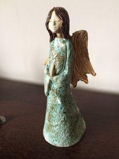 Pottery Angels, Advent, Elsa, Sculptures, Disney Princess, Tips, Disney Princesses, Disney Princes, Sculpture