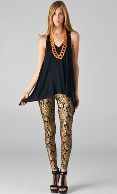 Pretty Baroque Print Leggings