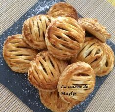 Jalousie aux pommes Quince Recipes, Crepe Recipes, Italian Pastries, French Pastries, French Crepes, Puff Pastry Recipes, Dough Recipe, Sweet Cakes, Cake