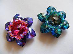 Цветочки из сердечек и риволи Сваровски