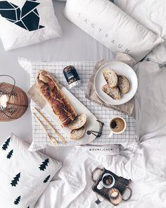 The best baguette: Parisenne! flatlay breakfast